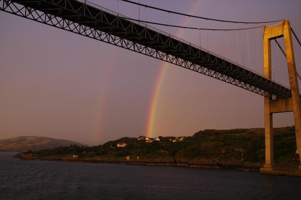 (Regen)-Bogenbrücke