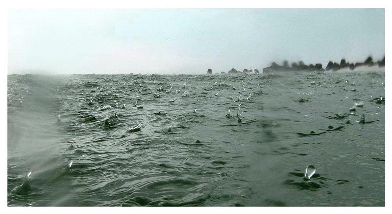 Regen trifft Nordsee