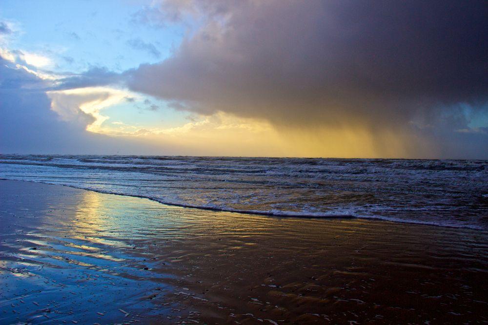 regen und sonne am meer foto  bild  landschaft meer