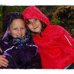 Regen??? - Uns doch egal!!!!  Maria und Ronja 3