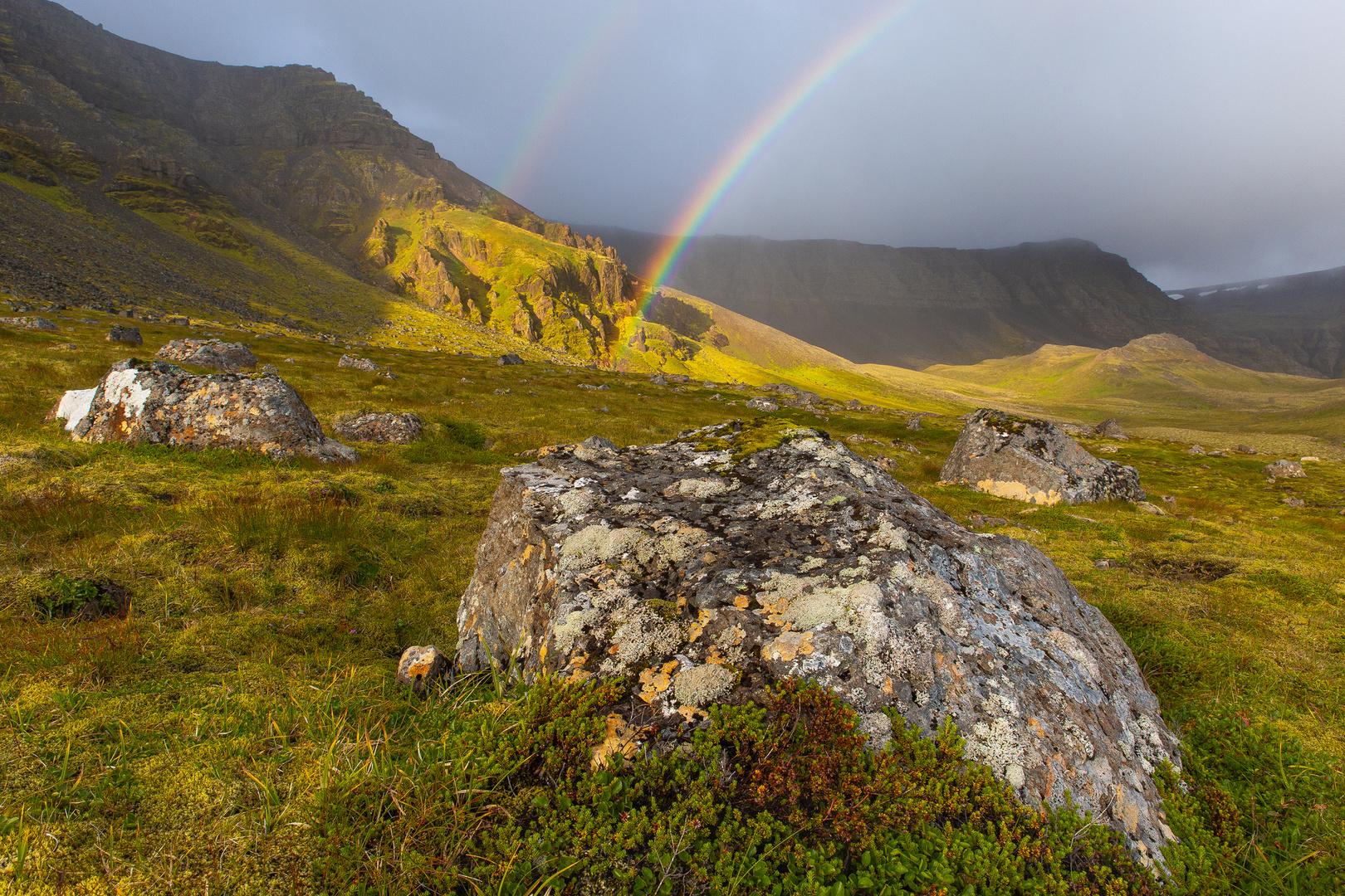 Regenbogen auf Island
