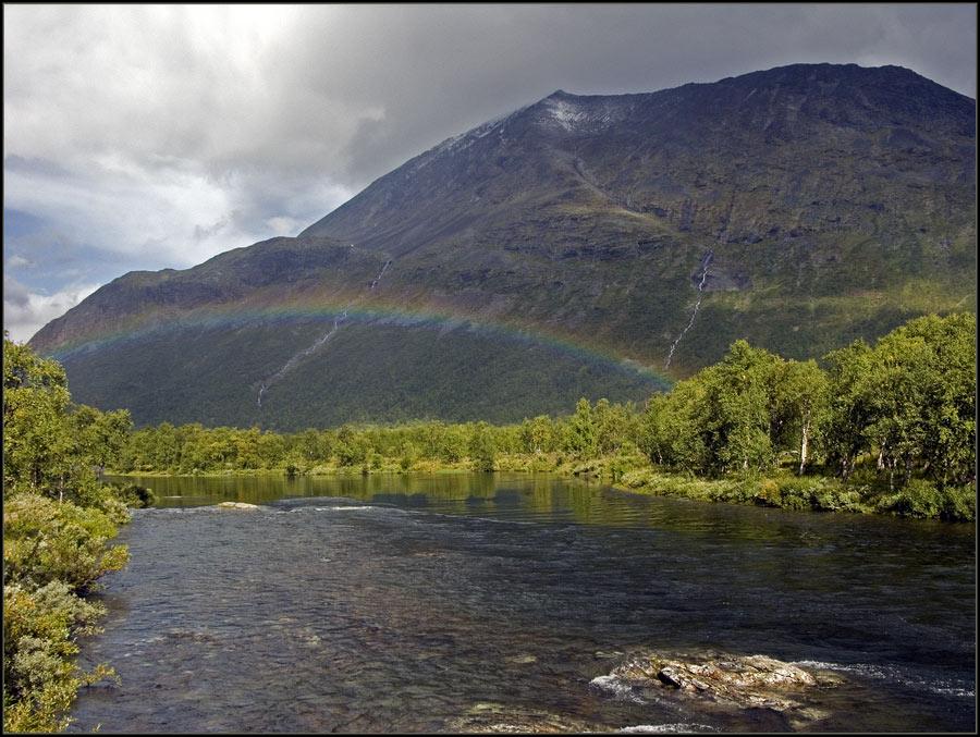 Regenbogen im Tarradalen