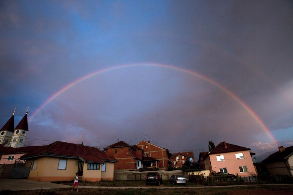 Regenbogen in Gjakovë (Djakovica) Kosovo