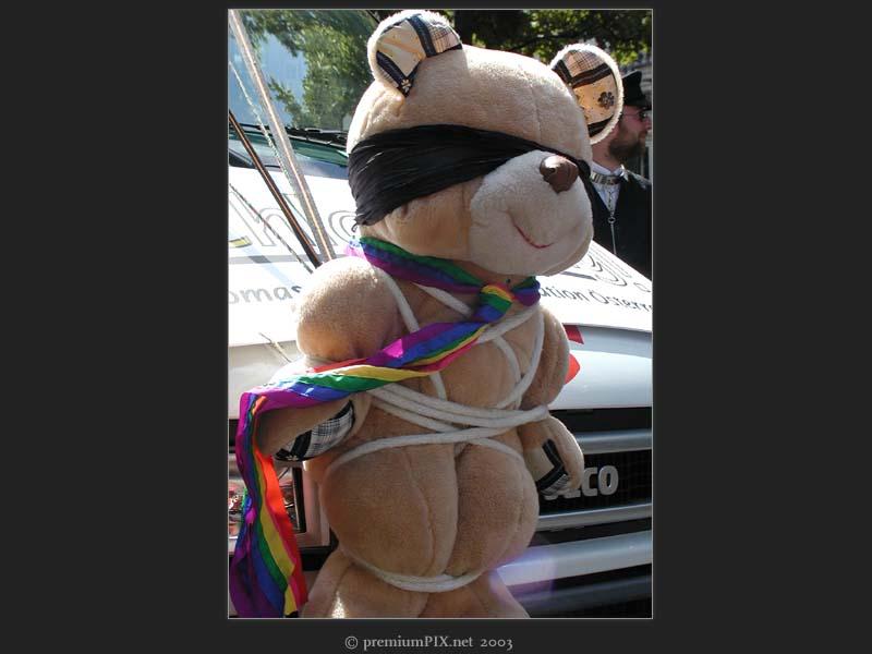 Regenbogenparade '03 | 13 | Emily '03