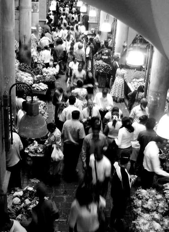 reges Marktreiben in Port Louis
