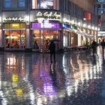 Regnerischer Abend in der Kölner City