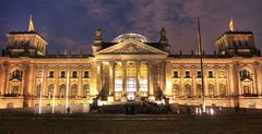 Reichstag bei Nacht (Re)