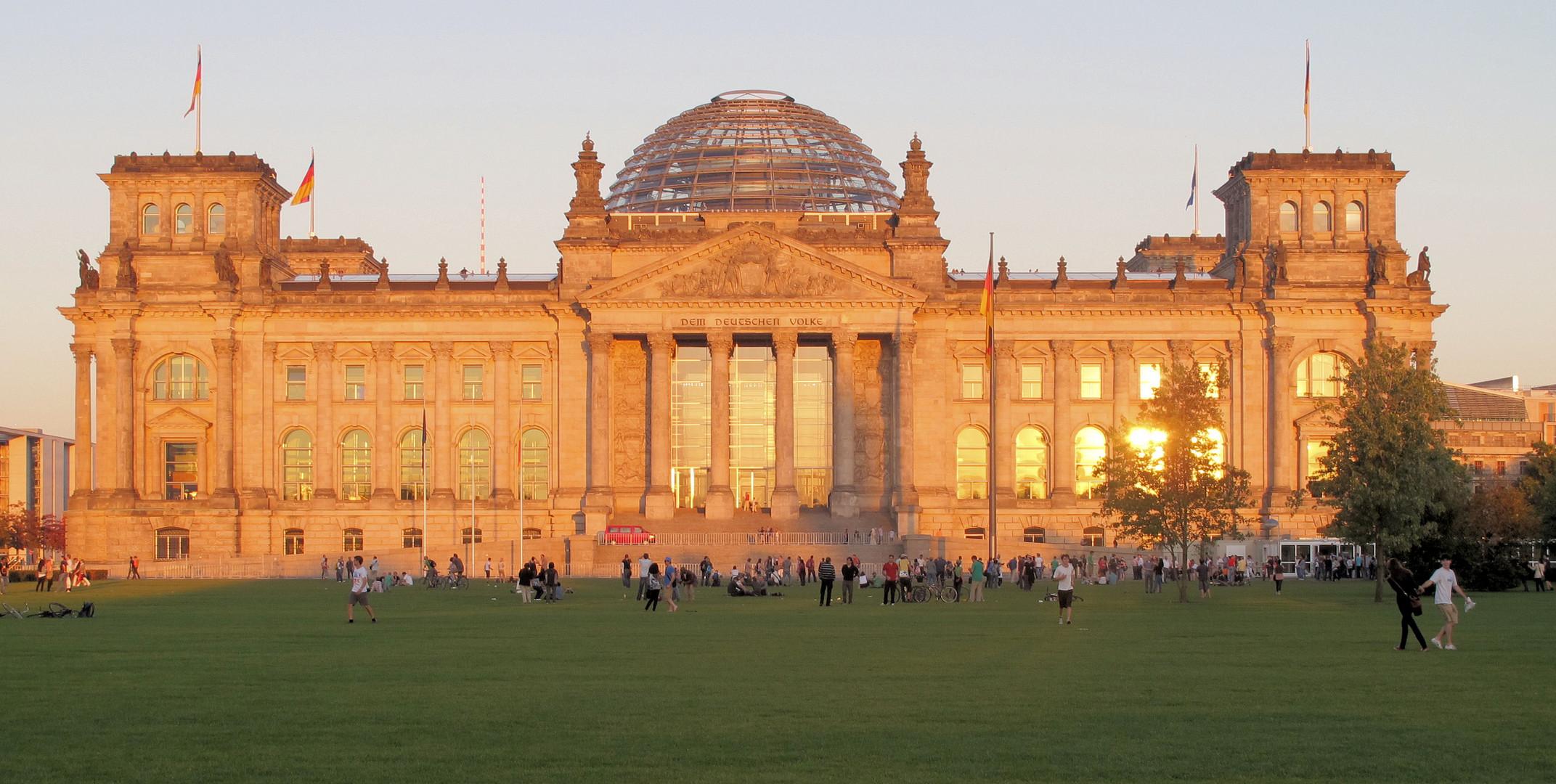 Reichstag im Sonnenuntergang