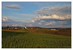 Reinsdorf mit Wolkenhimmel
