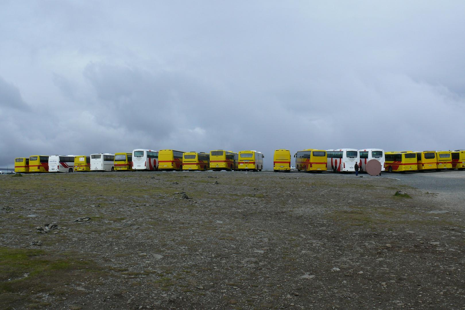 Reisebusse am Nordkapp