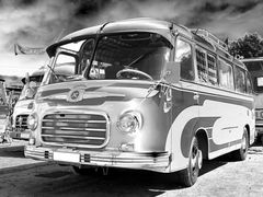 Reisen ist ein Hochgenuß im modernen SETRA Bus ;-)