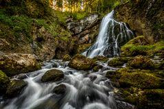 Reißender Wasserfall
