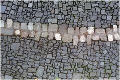 Reißverschluss aus Stein