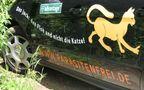 Reklame eines Tierarztes an seinem Auto von Günter Walther