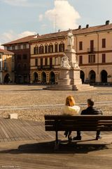 Relax in piazza