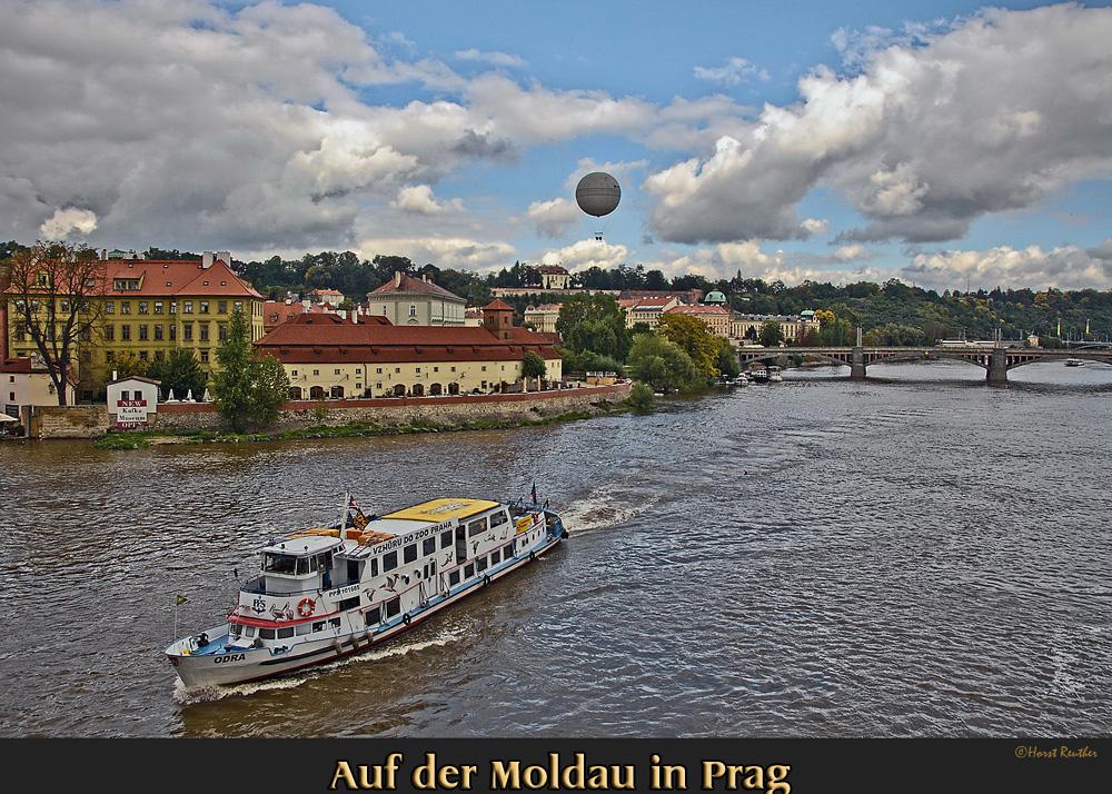 Reload auf der Moldau in Prag.