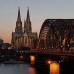 reload Köln bei Nacht verbesserte Version