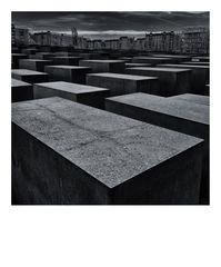 remember polaroid - berlin - holocaust mahnmal
