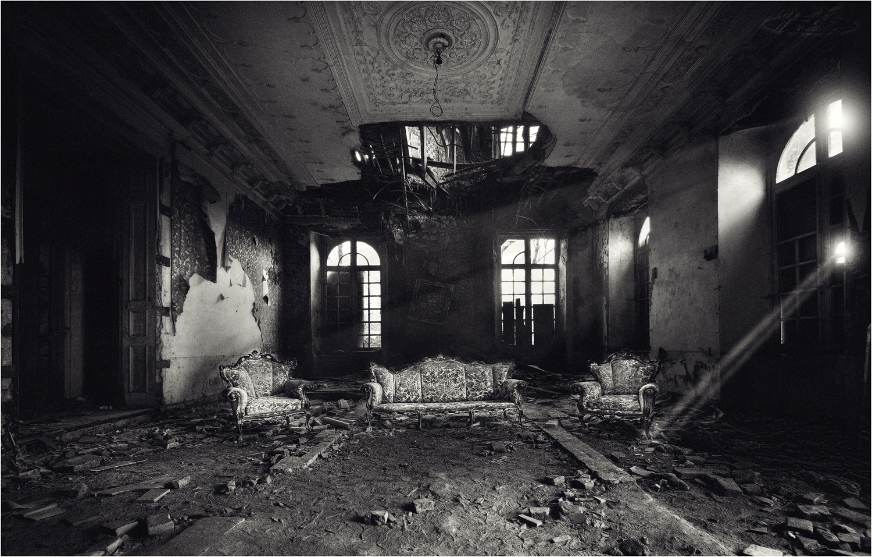 * Residenz *