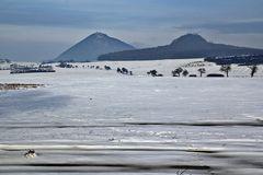 """Restschnee im kalten Nebel beim Millischauer und seinem """"Trabanten"""" dem Ostry"""