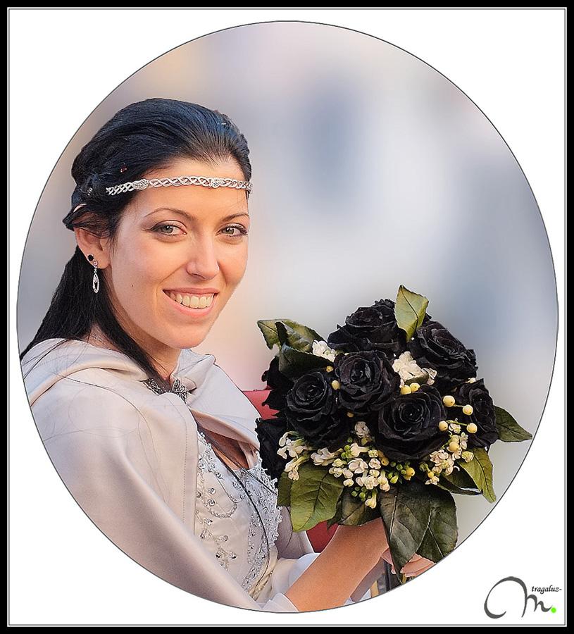 Retrato de la novia de las rosas negras