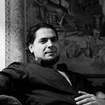 Retrato familiar (Homenaje al maestro Carlos Valcarcel)