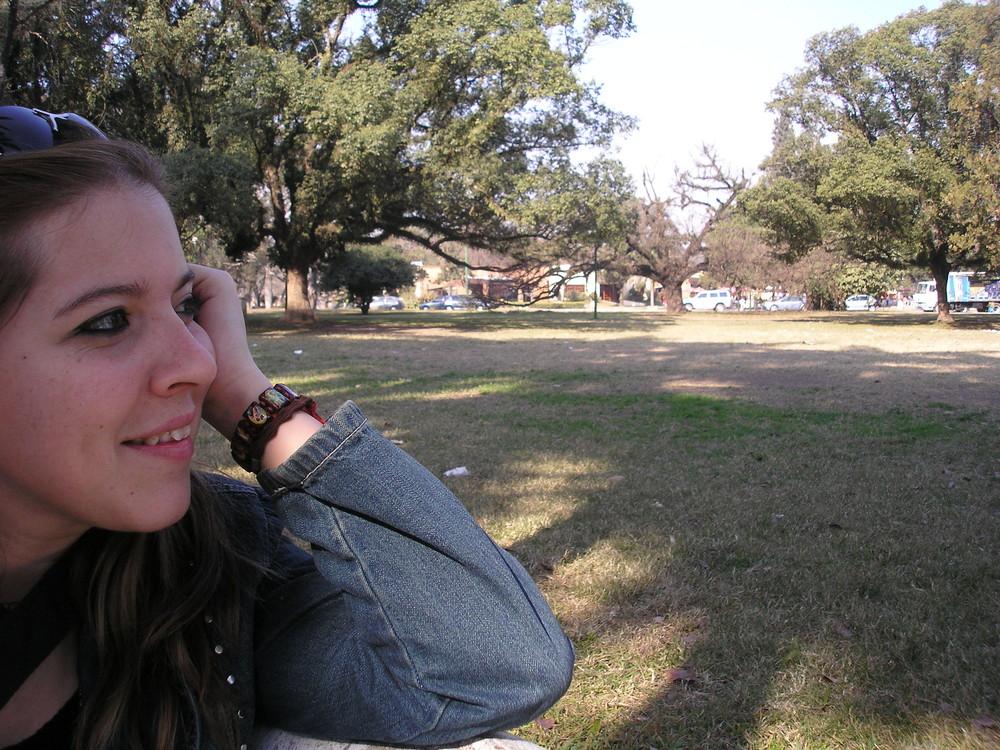 retrato perfil en Parque 9 de Julio - Tucumán - Argentina