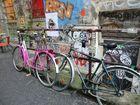 Retro-Fahrräder im Kunstviertel