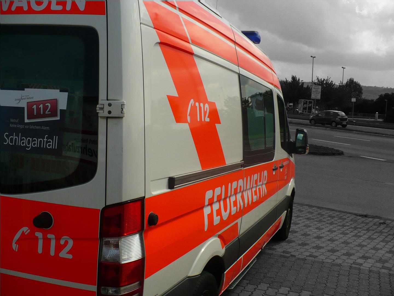 Rettungswagen Seitenansicht Trier