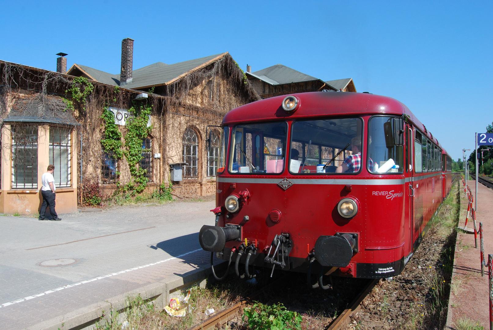 Revier Sprinter VT 98 im Bahnhof Dorsten....