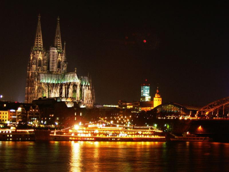 Rhein bei nacht / Rheipanorama