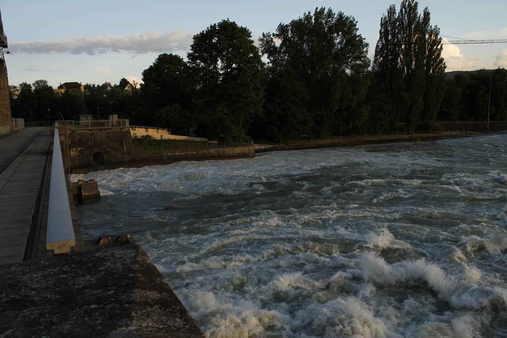 Rhein Kraftwerk Augst