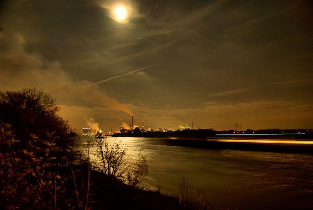 Rhein @ Night