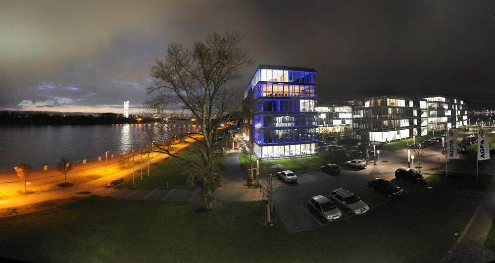 Rhein, Rohmühle, FC-Building und Posttower Bonn I