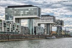 Rheinauhafen zu Köln .... Kranhäuser