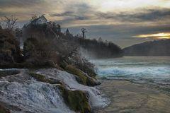 Rheinfall im Januarlicht