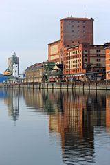 Rheinhafen KA