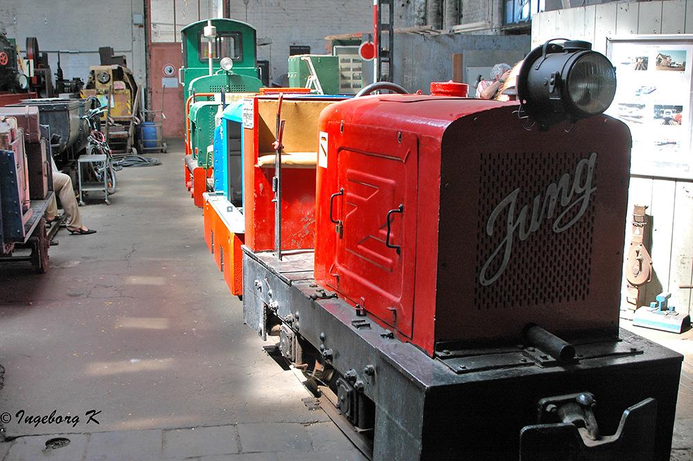 Rheinisches Industriebahn-Museum - Feldbahn mit Anhängern