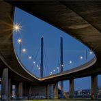 Rheinkniebrücke  der Landeshaupstadt Düsseldorf ...