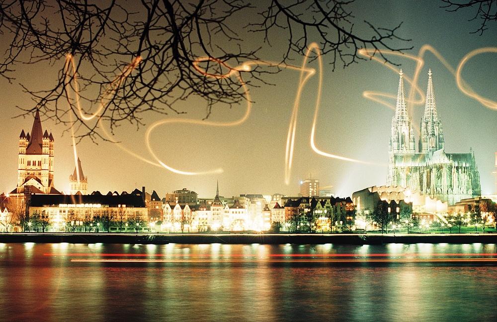Rheinpanorama bei Nacht