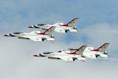 RIAT 2007: Thunderbirds (2)