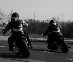 * riders *