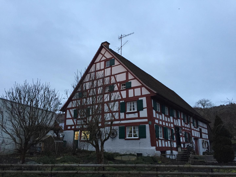 Riegelhaus ...