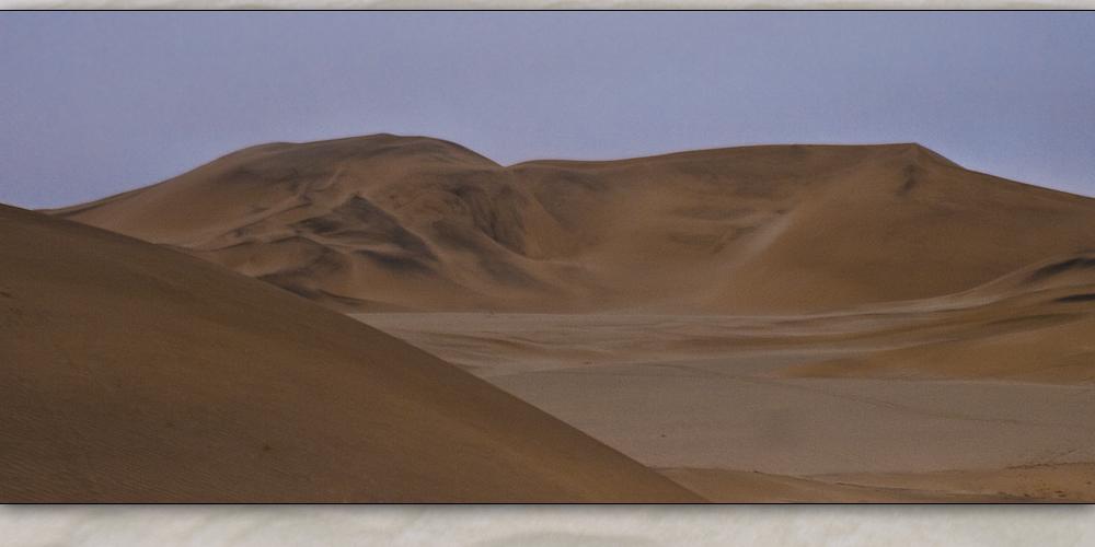 riesen berge aus sand