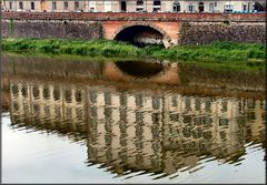 Riflessi sull`Arno a Firenze