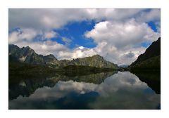 °Riflesso nel lago alpino°