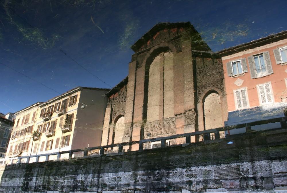 Riflesso sul Naviglio Grande- Milano