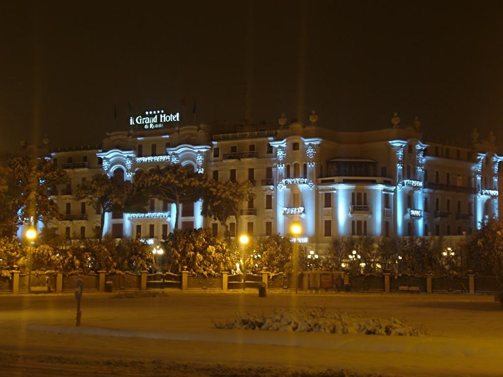 RIMINI - GRAND HOTEL SOTTO LA NEVE