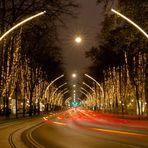 Ringstraße in Wien mit Weihnachtsdekoration