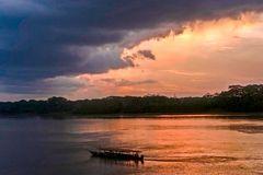 RIO MADRE DE DIOS, PUERTO MALDONADO, PERU